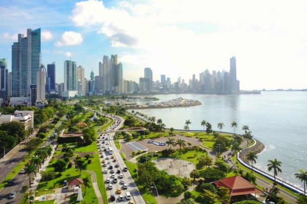 Dutch Derivatives Exchange Deribit to Move to Crypto-Friendly Panama