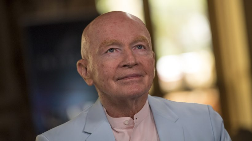 Why Mark Mobius says the stock market hasn't seen an 'absolute bottom' yet
